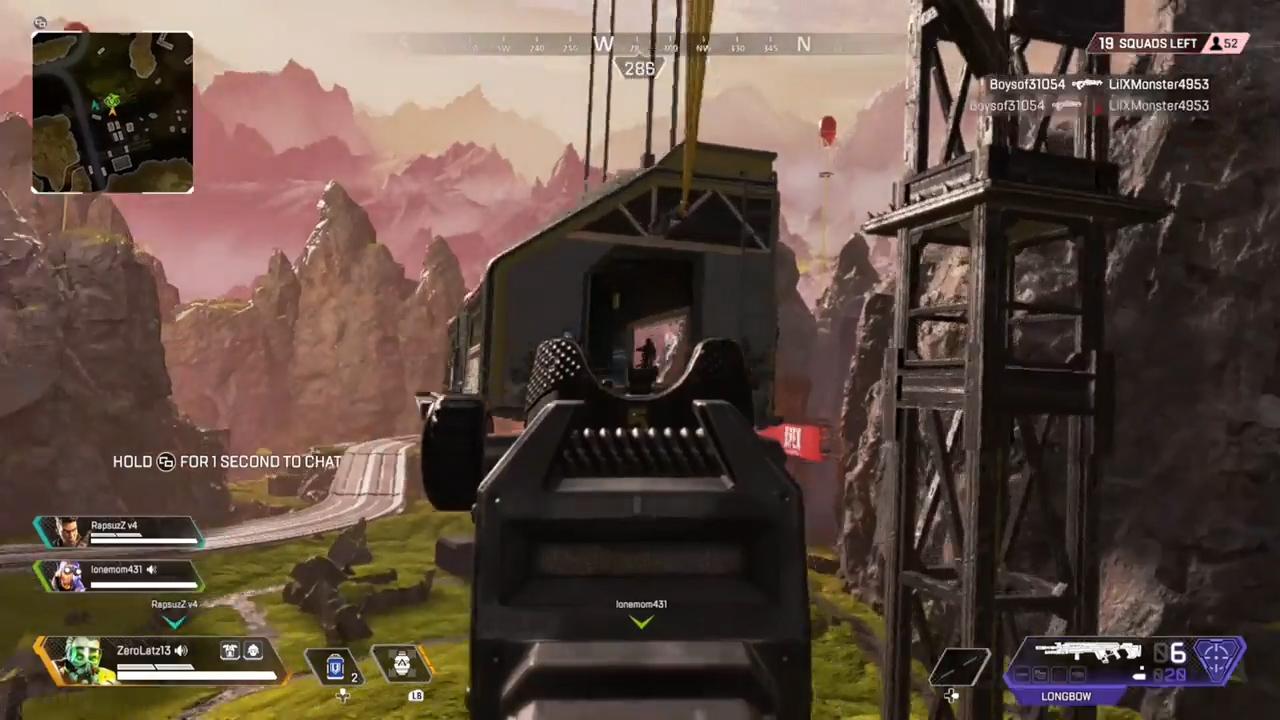 列車庫上にいる敵部隊をロングボウだけで壊滅させる海外プレイヤー